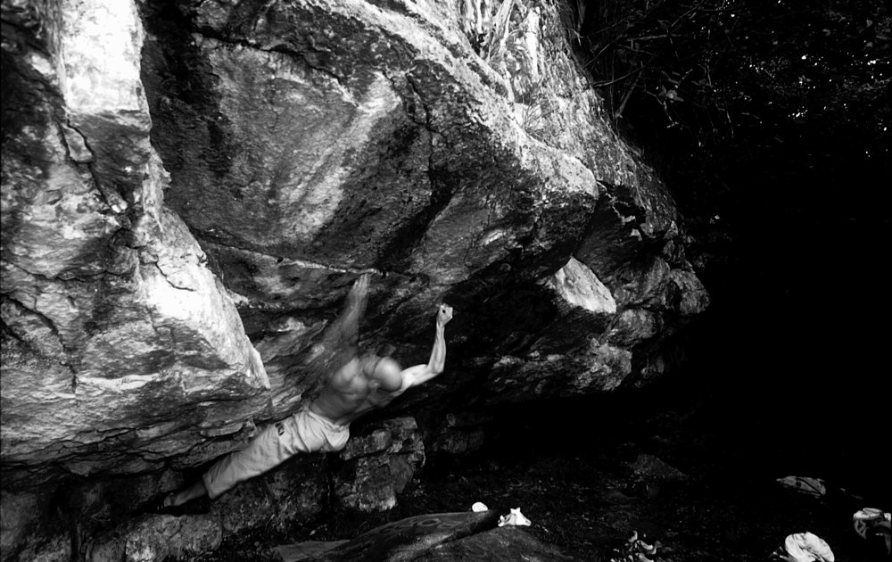 John Gaskins repeating Kaizen (Font 8B+) shortly after his first ascent., 133 kb