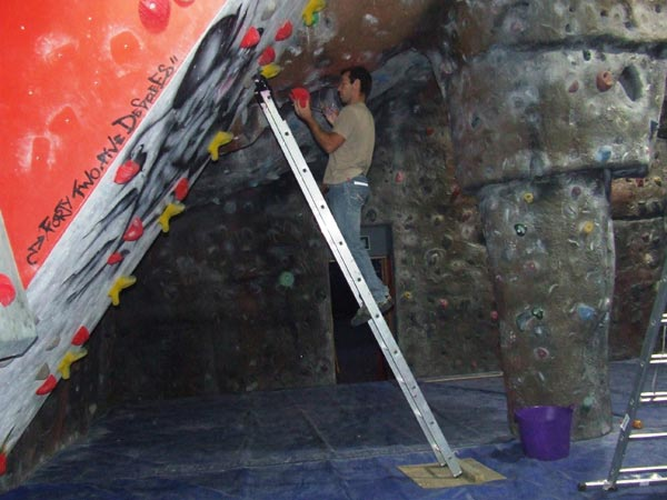 Gaz Parry route setting at SIBL Evolution, 50 kb