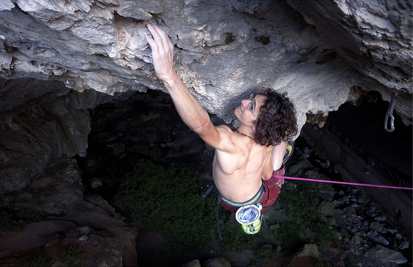 Adam Ondra on his new F9a+/b Marina Superstar on Sardinia, 129 kb