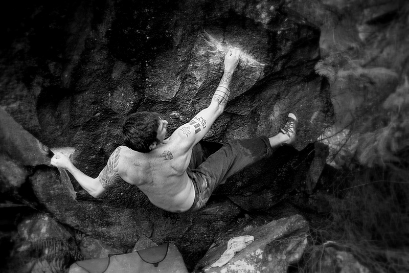 Chris Davies on A Life Aesthetic (V13) North Wales, 222 kb