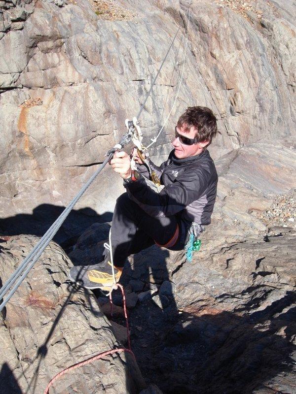 Petzl Hirundos – an alpine harness, 133 kb
