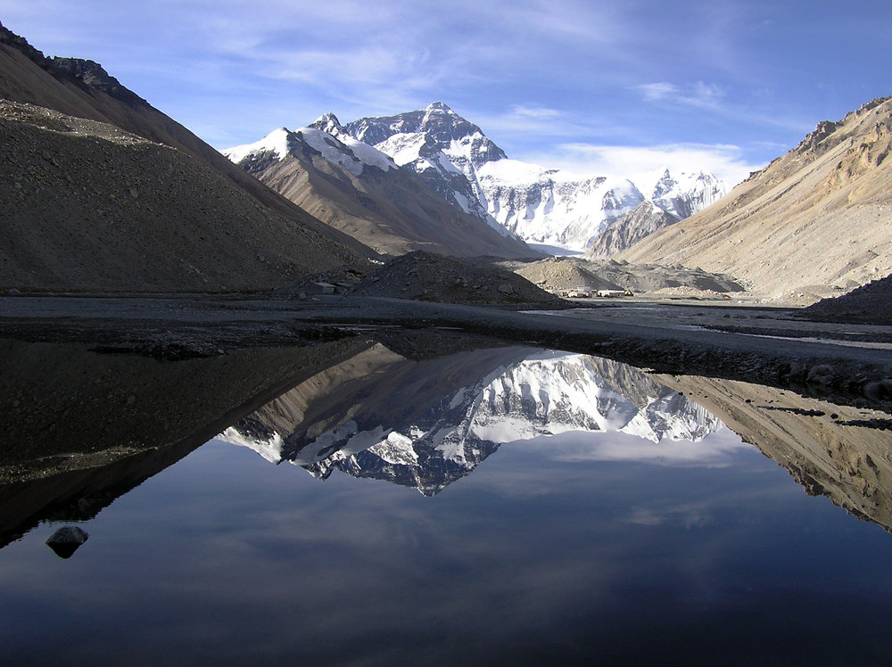 Everest North Face reflected in the lake below base camp. , 161 kb