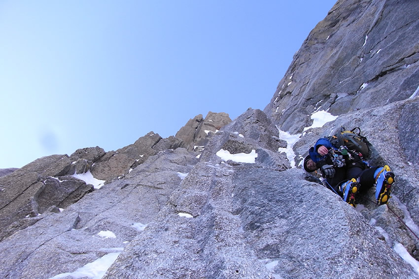 Jon Griffith wearing Exum pants on Supercouloir Direct, 168 kb