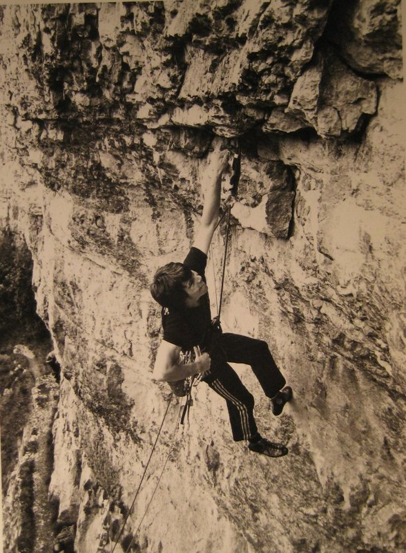 Andy Barker on Circe - early ascent, 130 kb