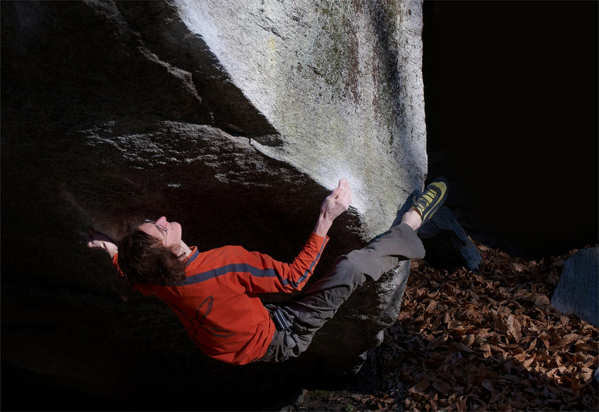 Adam Ondra proving he's a world class boulderer by flashing Confessions (Font 8B/+) in Switzerland, 142 kb