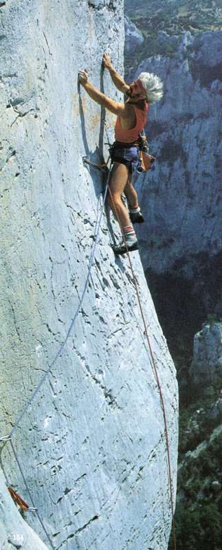 The crux of Dingomaniaque, Verdon in 1983. Note the grafitti - anyone remember what it said?, 79 kb