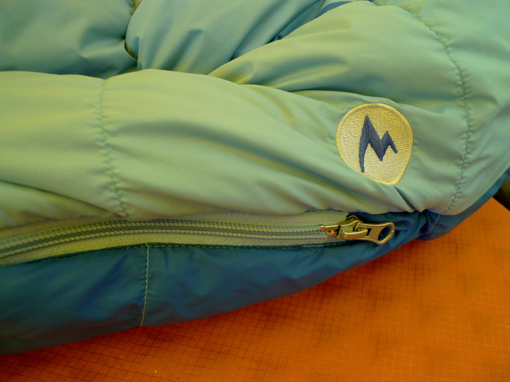 Angel Fire woman-specific Sleeping Bag, zip detail., 197 kb
