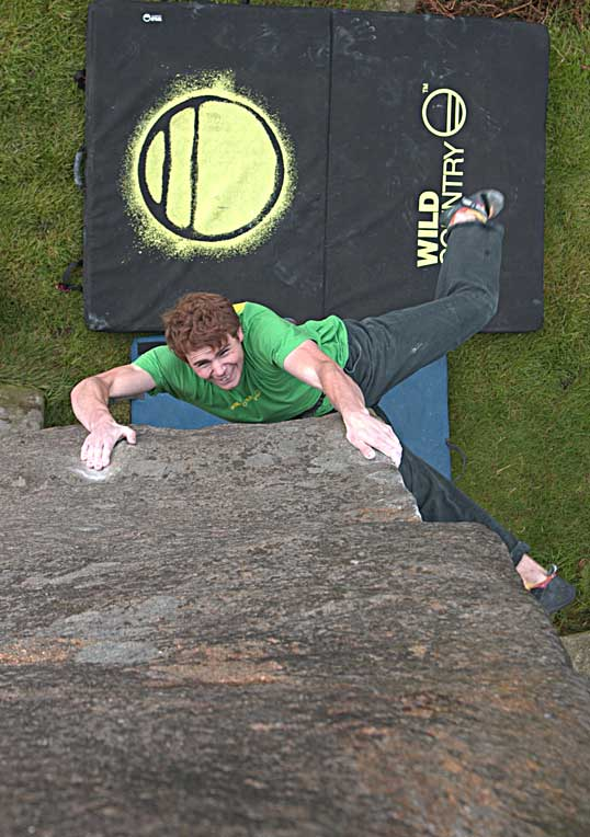 British Bouldering Champion for the 2nd Year Ned Fehally sends Careless Torque Ph. Richie Patterson, 61 kb