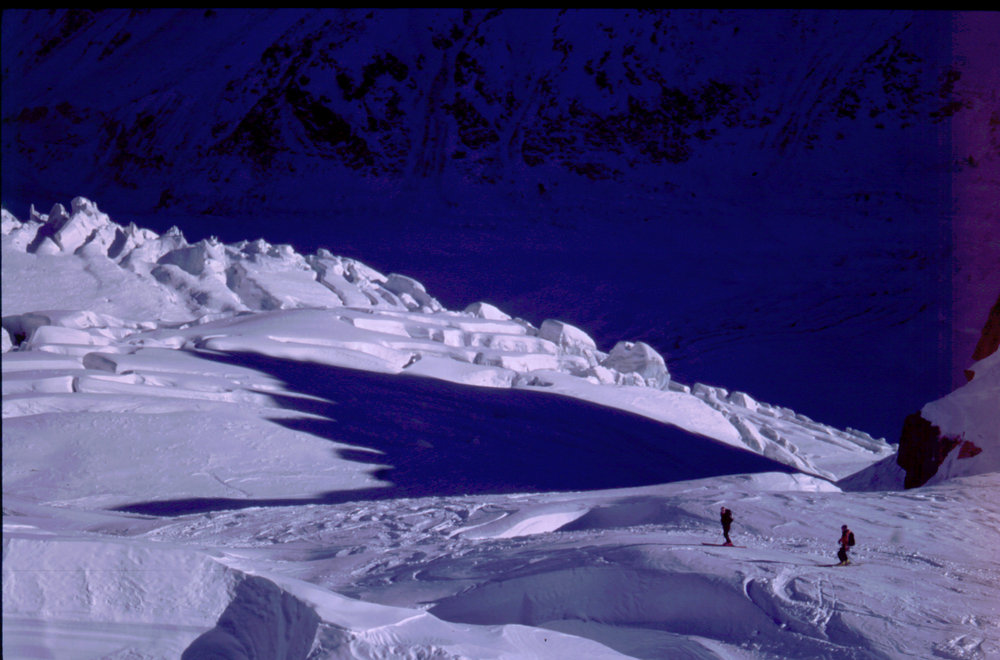 Crevasse action on the Vallée Blanche, 131 kb