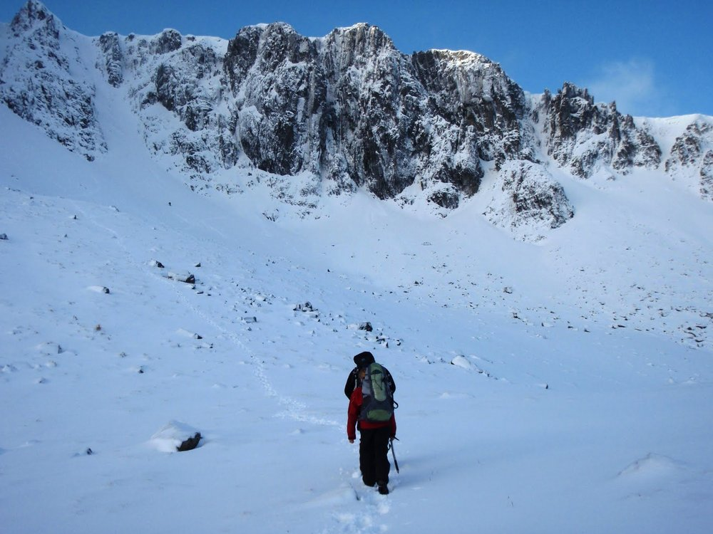 Walking in to Stob Coire nan Lochain, Glen Coe, 120 kb