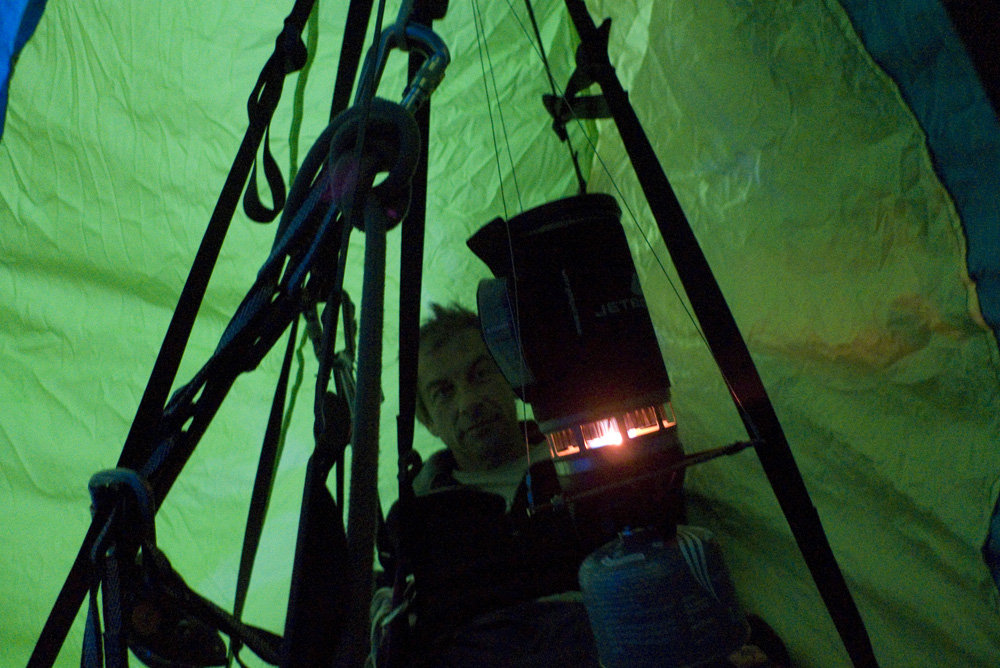 Using the JetBoil on a portaledge in October 2009, 174 kb