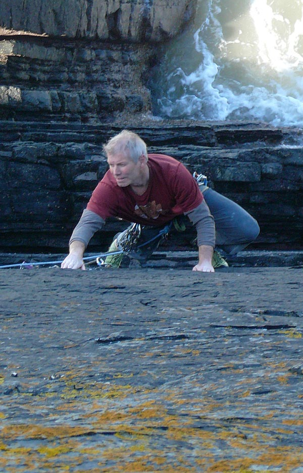 Mark Glaister climbing Acid Discharge Party Hat (E1) on the Culm Coast., 121 kb
