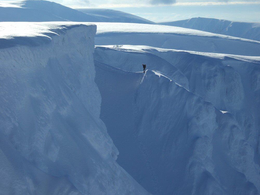 Climber on Ewen Buttress, 73 kb