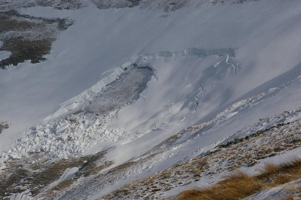 Avalanche on Cross Fell 22.2.10, 139 kb