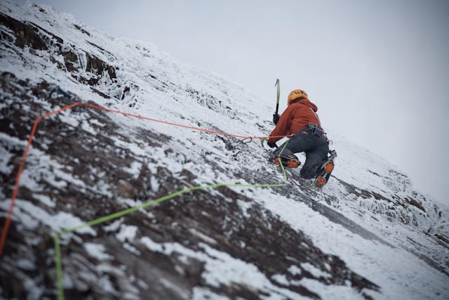 Dave MacLeod onsighting The Tempest, X,9 - Glen Coe, 68 kb