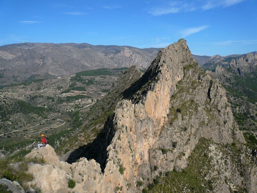 On the exposed knife-edge of the Castellets Ridge, Costa Blanca., 185 kb