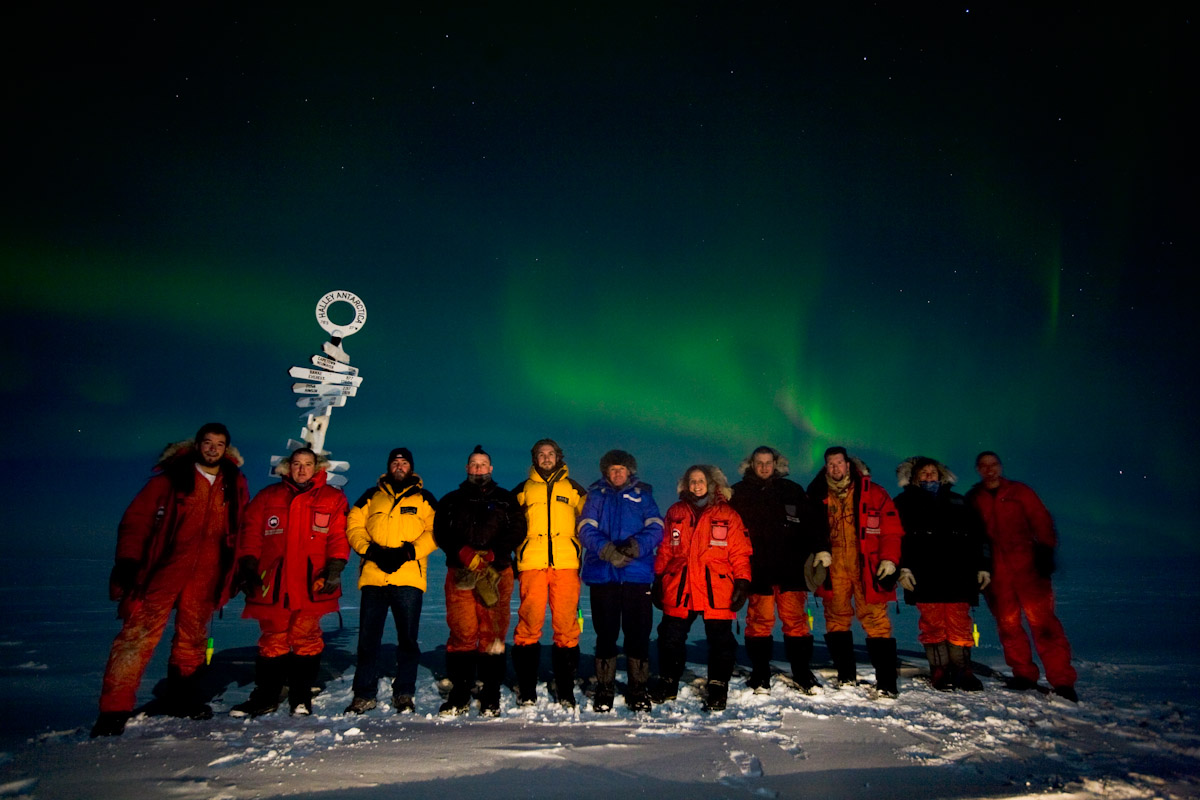 The Halley Winterers below a mid-winter aurora, 199 kb
