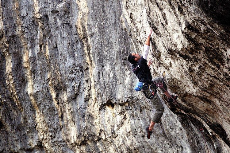 John Cooke on Unjustified F8c at Malham, 189 kb