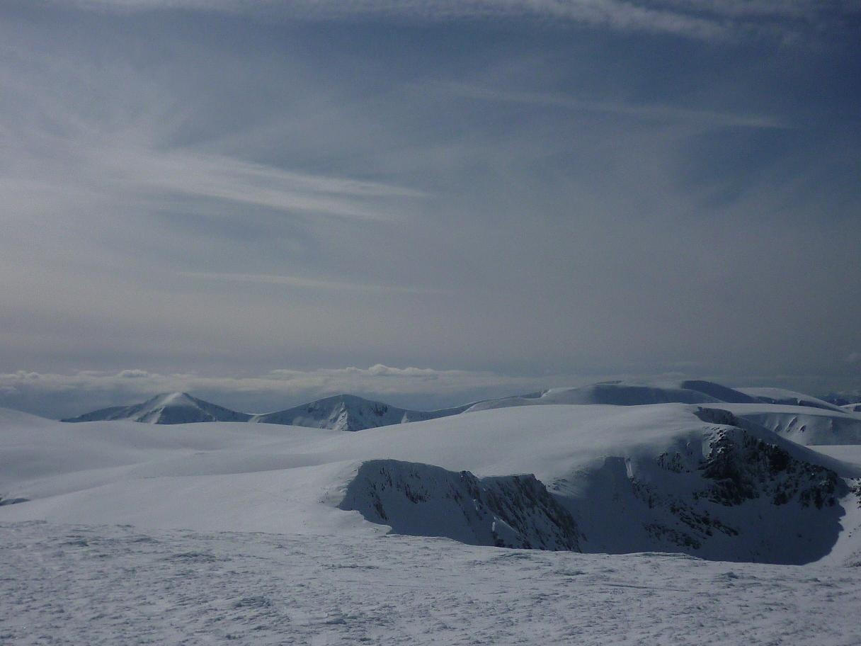 From the summit of Cairngorm on Monday, 99 kb