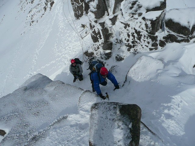 Great mountaineering on the crest of the Fiachaill Coire Snectda, 85 kb