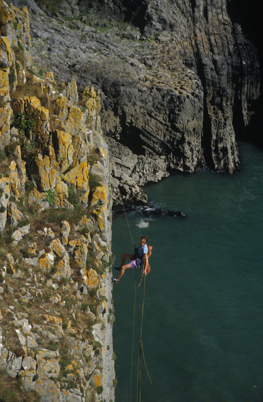 Abseiling with the ends of the rope in to Mother Carey's  Kitchen. Pembroke, 130 kb