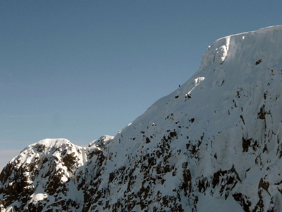 Ben Nevis and the flanks of Tower Ridge from the Ciste, 116 kb