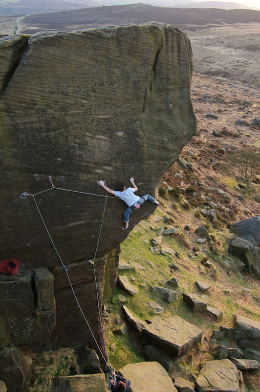 Neil Kershaw on possibly the first ground up ascent of Braille Trail E7, Burbage, 131 kb