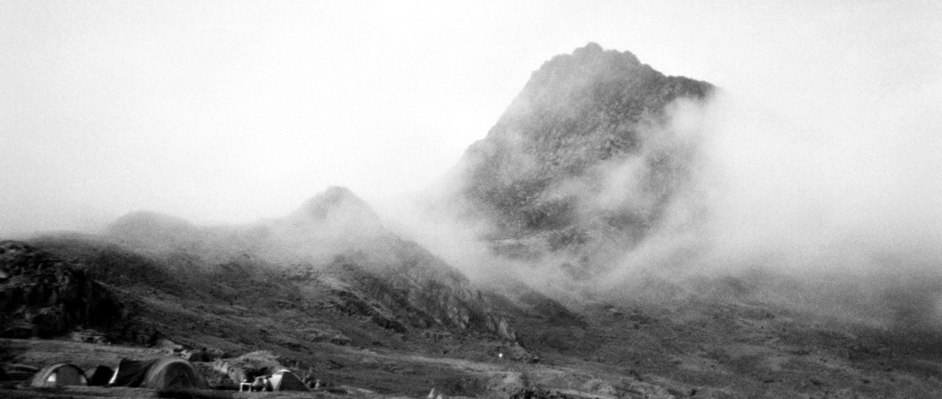 Camping at the foot of Tryfan, 103 kb