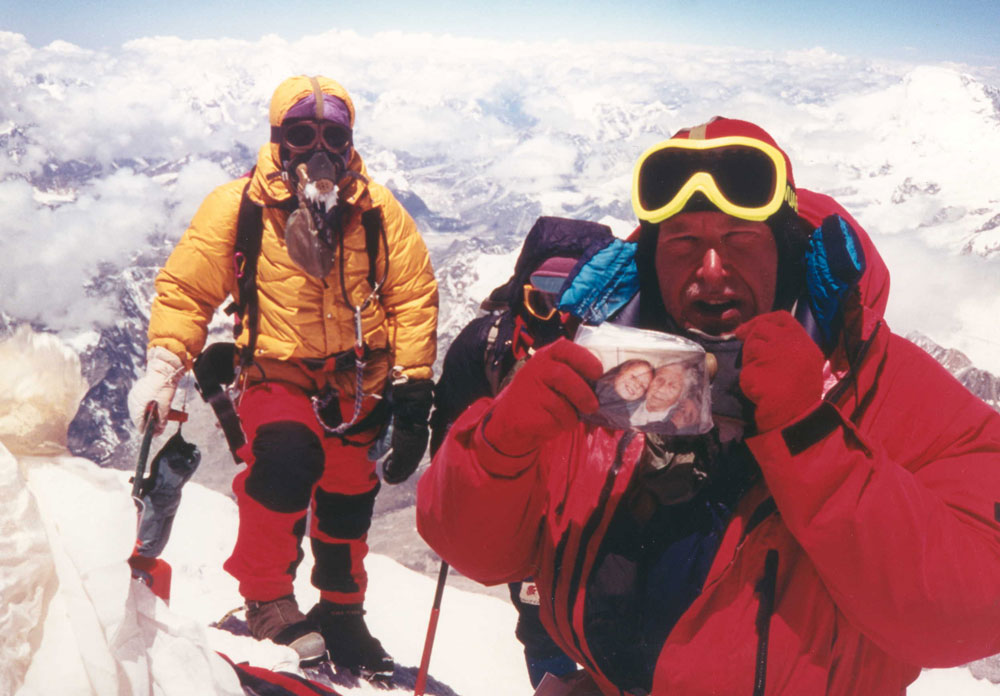 Alan Hinkes will be opening HCC with owner John Dunne, 123 kb