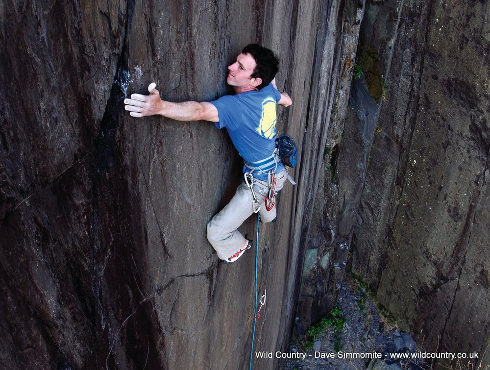 James McHaffie, Manic Strain 8A, Wales - Dave Simmonite, 194 kb