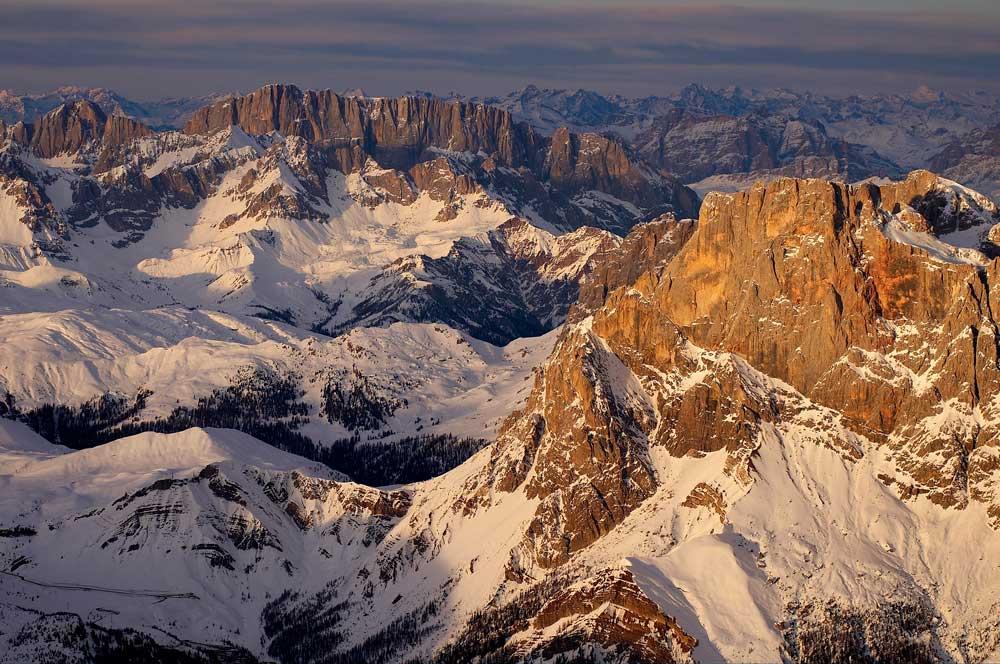 Marmolada, 3343 m, Cimon Della Pala, 3184 m (ITALY) N 46 11 31 E 11 45 32 (taken at 3365m), 128 kb