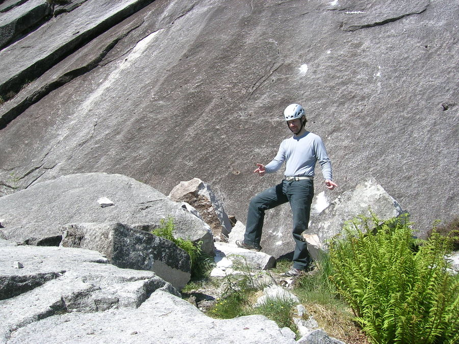 Chris Hague checks out the rockfall at the Etive Slabs, 199 kb