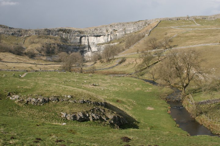 The Great Yorkshire Crag Clean Up, Ilkley Cow & Calf #1, 83 kb