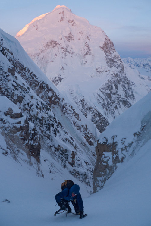 Nearing the top of the West Face, Mt Hunter in the background, 75 kb