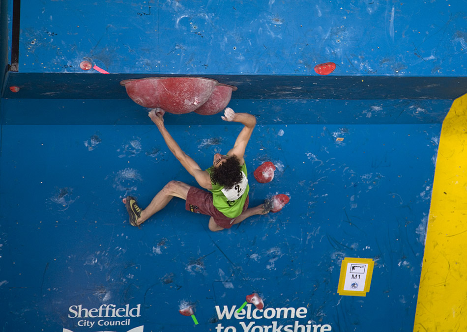 Adam Ondra took first place in the boulder WC in Sheffield in 2010. He topped out on all the final problems., 180 kb