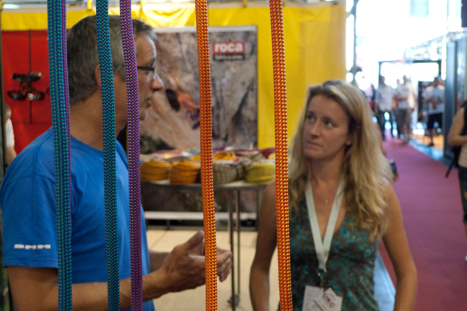 Chris Rowlands talking to Sarah Stirling about the new range of DMM ropes, 154 kb