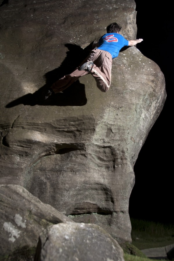 Dan leaps sideways on a soft touch E2 - anyone do that on Left Wall?, 116 kb