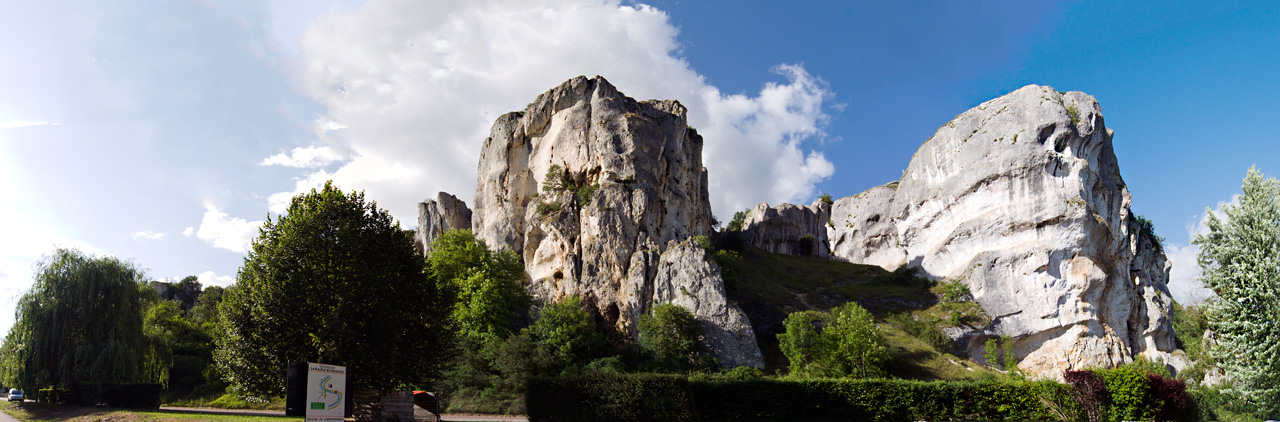 The stunning pocketed walls of Le Saussois - roadside climbing at its finest?, 239 kb