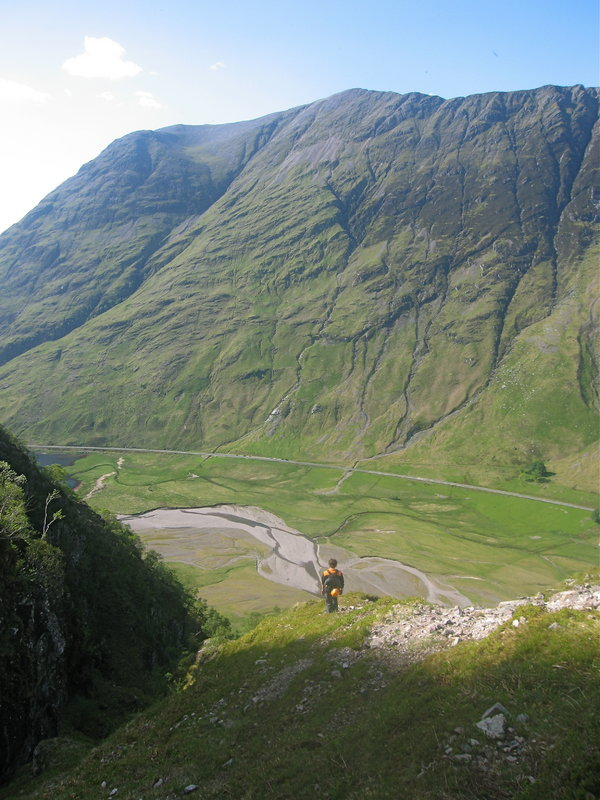 On the steep descent from the north face of Aonach Dubh looking across Glencoe to the Aonach Eagach, 109 kb