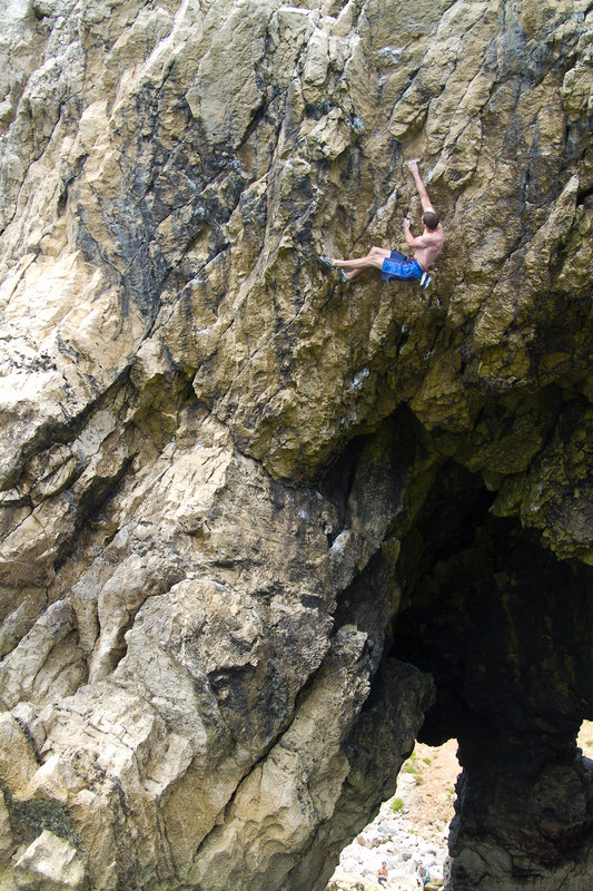 Rob beginning the crux moves, 180 kb