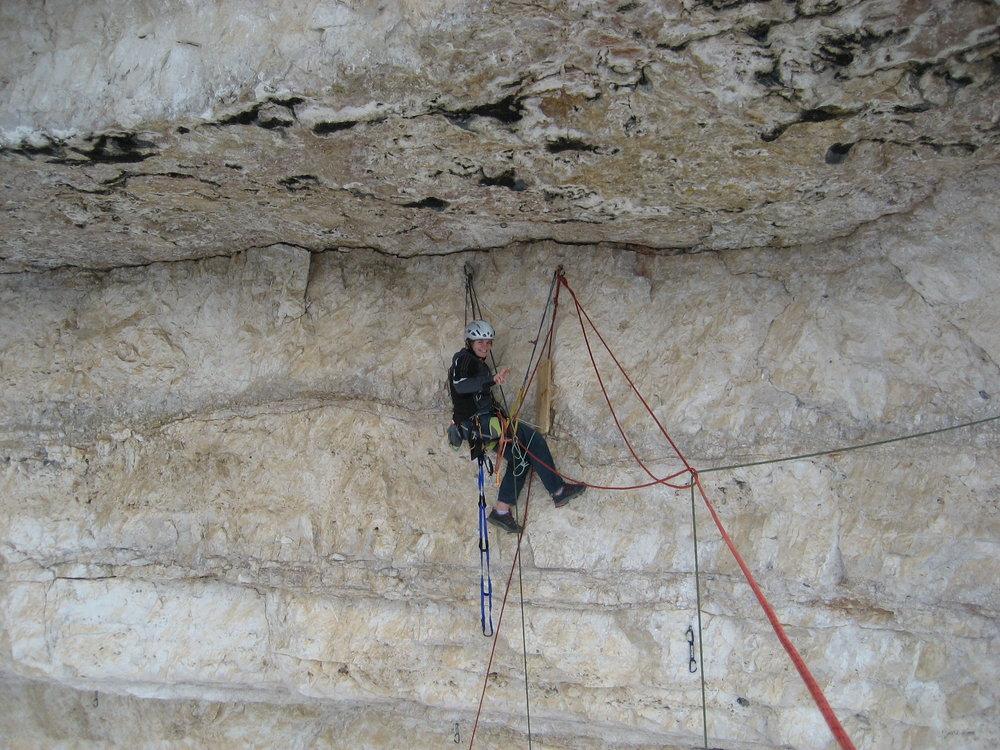 Barbara Zangerl hanging around on Pan Aroma, 195 kb