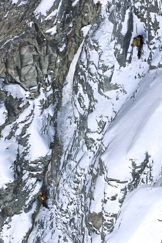 Herve & Marco Barmasse climb their historic new route on South Face of the Matterhorn, 167 kb