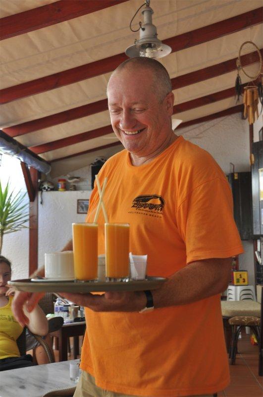 Steve McDonell, owner of the Glaros bar in Massouri, Kalymnos, 63 kb
