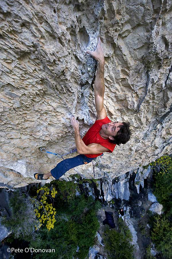 Alberto Nasarre — first ascensionist of Iron Man on the neighbouring F8c of Florida, 159 kb