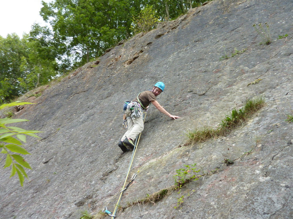 Jon Didymus on Four Paw Drive, Fairy Cave Quarry, 204 kb