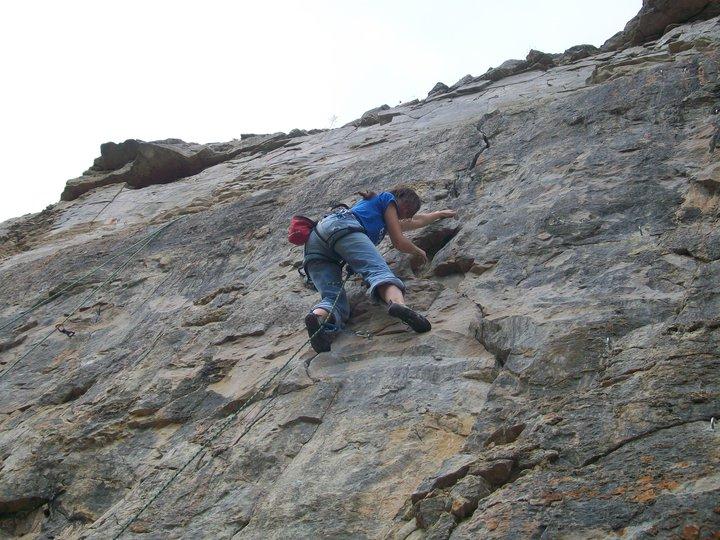Leading Stonemasons...and bricking it!, 106 kb