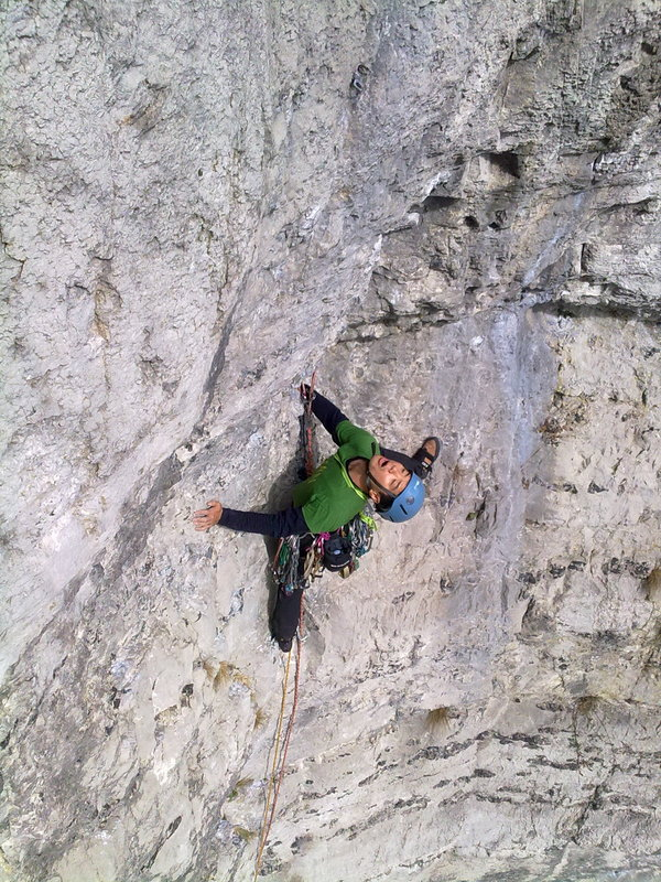 Masa on Scoop Wall, Stoney Middleton, during the reunion weekend., 175 kb