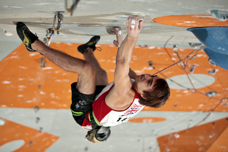 British Team member Jonny Field cranking in the youth world cup at Ratho, Edinburgh, 137 kb