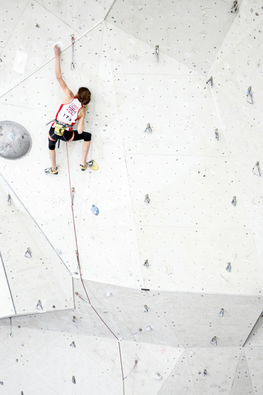 Kitty Wallace going for it on her second qualifier in the youth world cup, 113 kb
