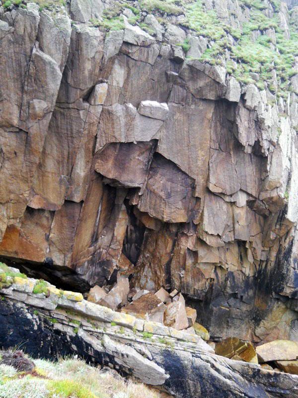 Lundy Rockfall, 165 kb